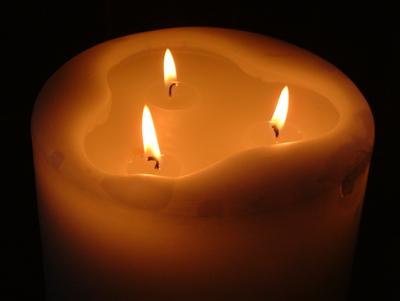 04 Christmas Candle